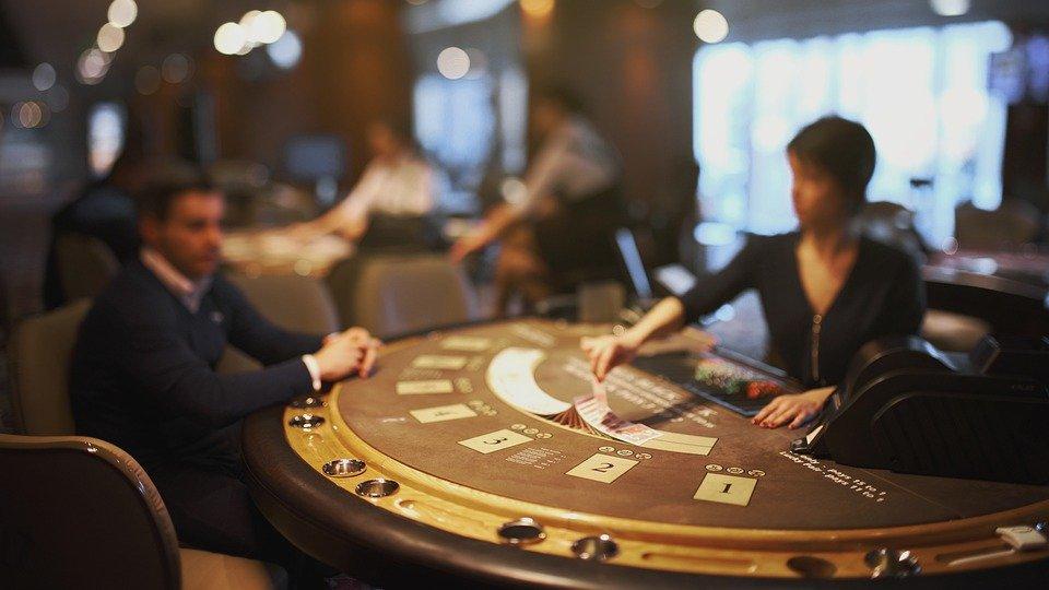 blackjack 5012424 960 720 1 - blackjack-5012424_960_720 (1)